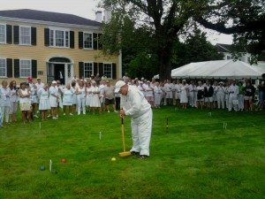 Instructor Bob Kroeger gives a tutorial prior to last year's tournament